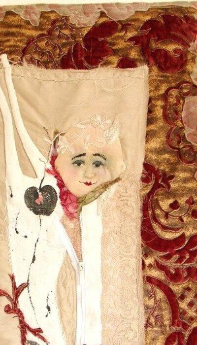 Detail Textiles Bild quilten Organza alte Stoffe Textildruck Kunst in Stoff Neubeginn Organza ro – Kopie