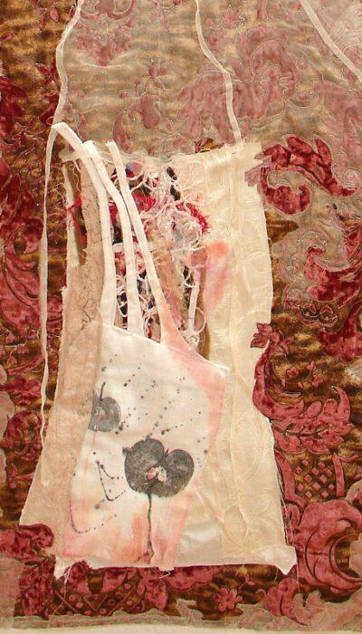 Textiles Bild quilten Organza alte Stoffe Textildruck Kunst in Stoff Neubeginn Organza romantisch (4)