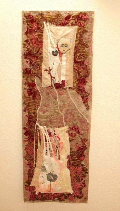 Textiles Bild quilten Organza alte Stoffe Textildruck Kunst in Stoff Neubeginn Organza romantisch rotgold
